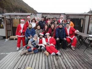 도호쿠 재해지에서의 자원봉사 활동의 모습